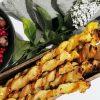 Blätterteigstangen mit Kürbis, Apfel und Schafskäse