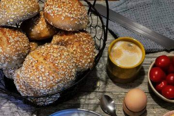 eckere Haferbrötchen Sonntagsfrühstück