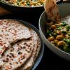 Kokos Fladenbrot mit Zwiebeln und Chili - Pol Roti - der Klassiker aus Sri Lanka