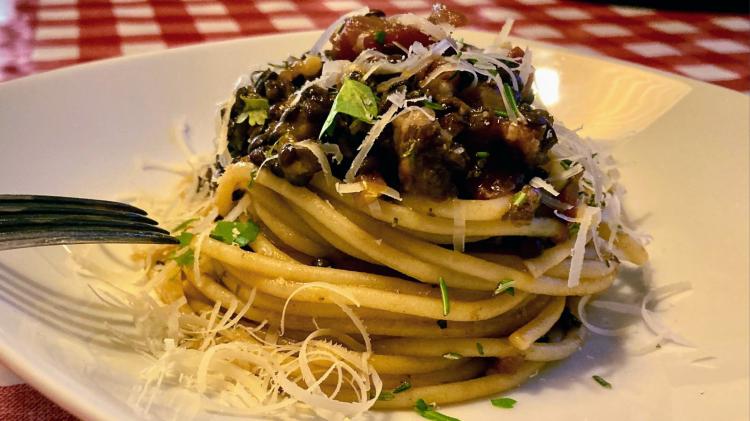 Pintererst - Spaghettoni di Gragnano al Ragu di Lenticchie - Pasta mit Linsen