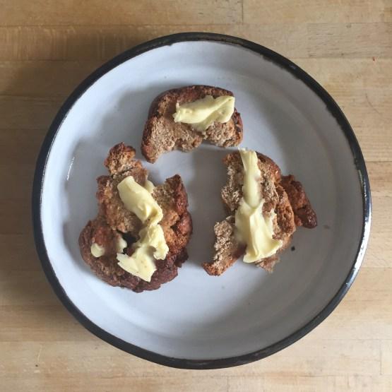 shirokuro plate medium toast volkiln
