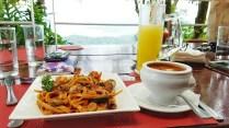 Buon Giorno Cafe- Seafood pasta, minnestrone soup, dalandan shake