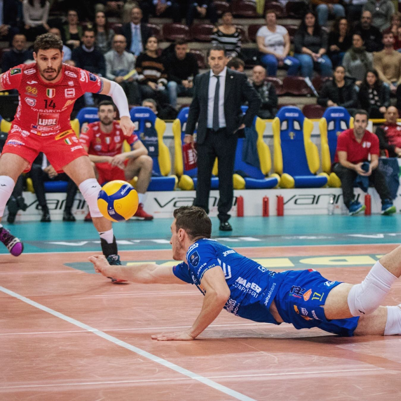 Italy: Lube prevail without difficulties over Verona, Modena record 5th straight-set victory in a row