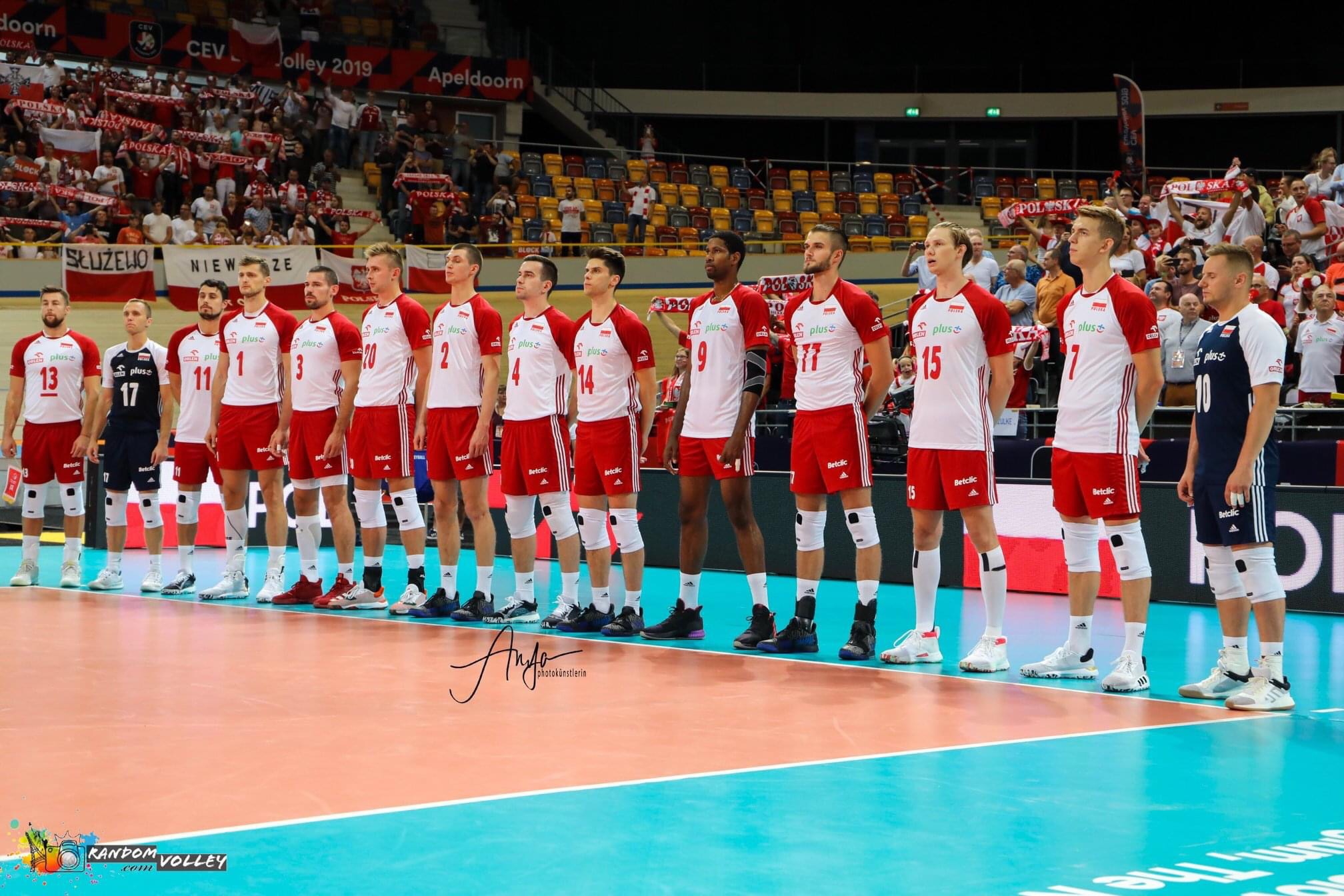 Poland: Men's and women's national teams return to training