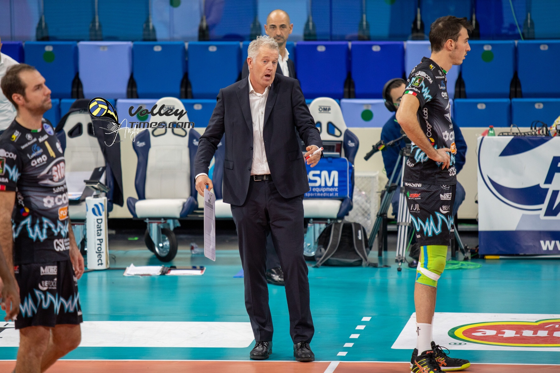 Italy:  Perugia part ways with Vital Heynen 2 days before Game 2 of final