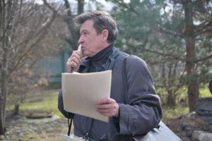 на снимке: Сазонов А.И. проводит экскурсию по Вологде