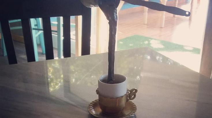 Το μαγαζί που ο καφές γίνεται μόνος του-Τον πίνεις σε…μολύβια!