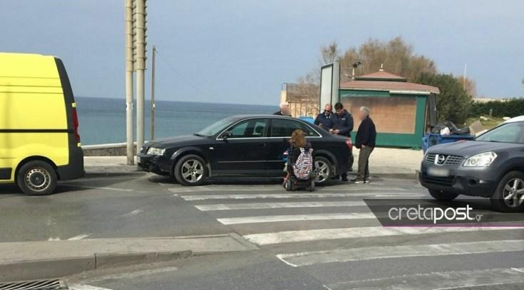 Νεαρή ΑμεΑ ρεζίλεψε οδηγό που της εμπόδισε πρόσβαση στο πεζοδρόμιο!