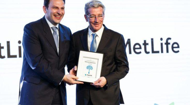 Boλιώτης ασφαλιστής σάρωσε στα βραβεία ως κορυφαίος στην Ελλάδα!