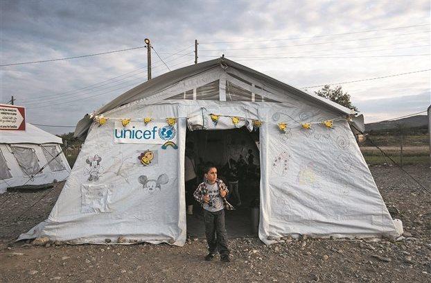 Unicef: Τα λεφτά μας πήγαιναν στα…μπουζούκια!