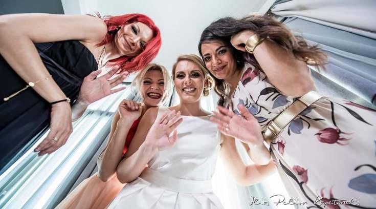 Eλληνογερμανικός γάμος στον Βόλο, σαν κρουαζιέρα! Δες…