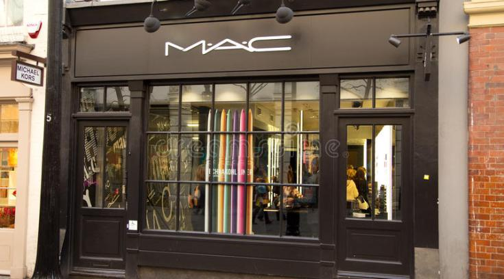 Koρίτσια μου τ αγαπημένα προϊόντα Mac μ έκπτωση -30%!!!