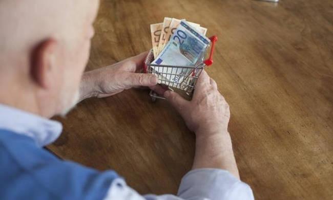 Επιστροφή αναδρομικών σε σχεδόν 200.000 συνταξιούχους