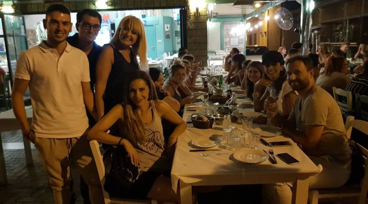 Στο Βολονάκι χθες η Δέσποινα Βανδή, ήπιε τσίπουρα στο Oyzotherapy!