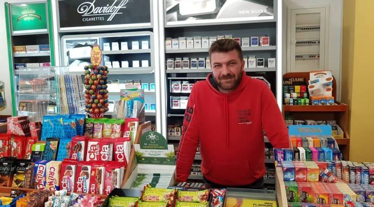 Ο Χρήστος άνοιξε ένα μαγαζί που μας έλυσε τα χέρια!