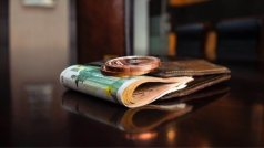 Κατώτατος μισθός: Σε ποιες περιπτώσεις θα αυξηθεί έως και 195 ευρώ το 2022