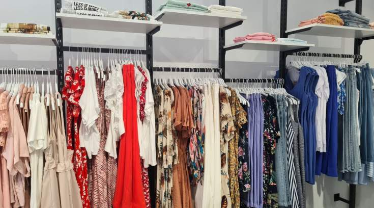 Ξετρελαμένες οι Βολιώτισσες με το νέο μαγαζί ρούχων της πόλης- Απίθανες τιμές!