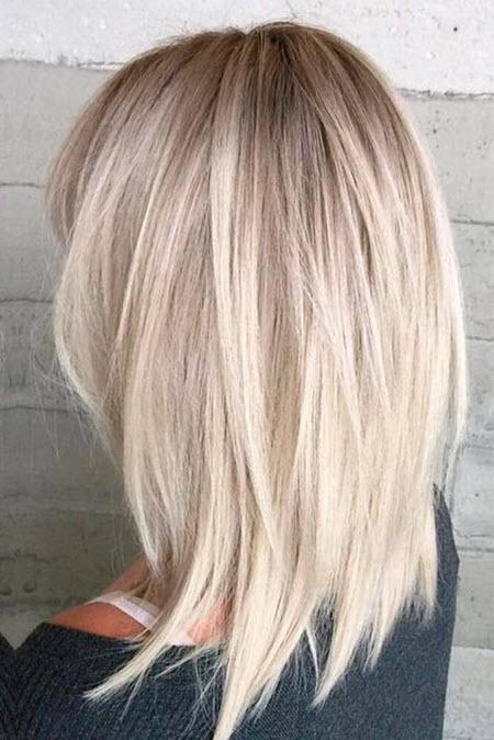 Corte de cabelo multi-camada de tendência
