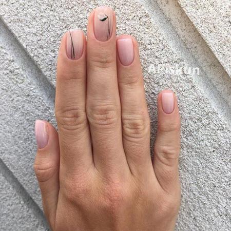 Актуальный нюдовый маникюр 2021: фото новинки трендового дизайна ногтей - 5