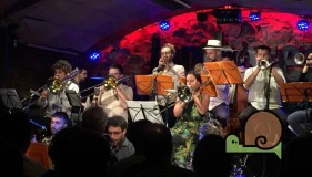 SMACK BIG DAB - Jamboree Jazz Club - Voltar i Voltar - - 4