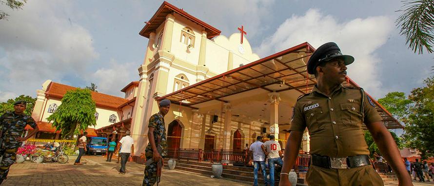 As-bombas-no-domingo-de-Pascoa-5-maneiras-de-orar-pelo-Sri-Lanka