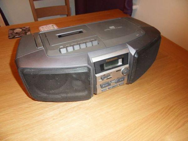 Raspberry Pi audio player boombox