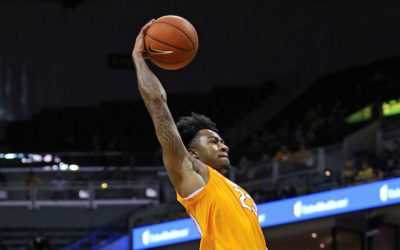 Tennessee Storms Back From 15-Point Deficit to Stun Alabama