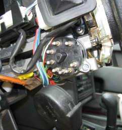 unscrew the switch from the steering column and remove it installing  [ 1024 x 768 Pixel ]
