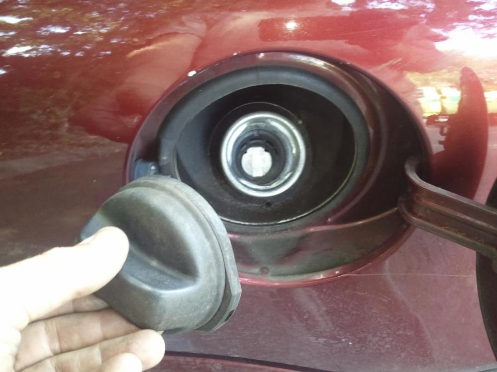 medium resolution of fuel filter replacement 2012 08 16 15 02 28 jpg