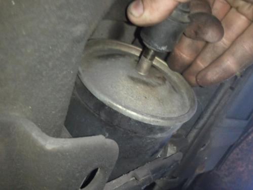 small resolution of fuel filter replacement 2012 08 16 15 00 55 jpg