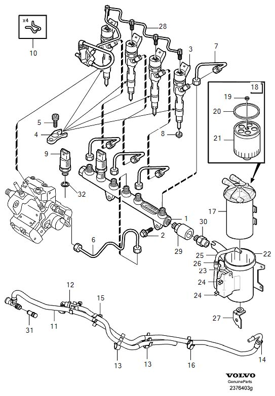 Volvo V40 Injector with engine fuel pipes and fuel filter