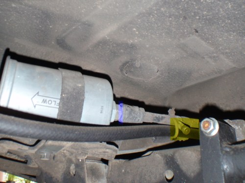 small resolution of volvo fuel filter
