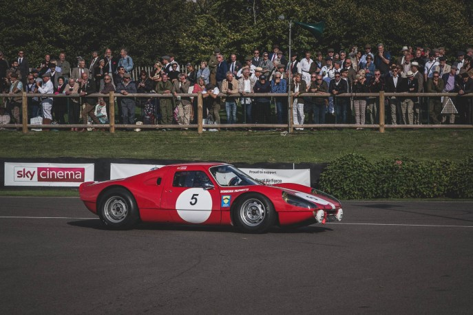 Just how sleek are Porsche 904's? Goodwood Revival.
