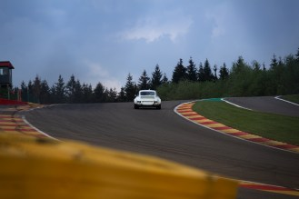 Lonely Porsche 911 RS at the top of Eau Rouge