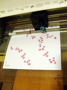 Cutting the petals with my Silhouette Cameo
