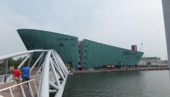 NEMO Museum: ein Technologie – Museum in Amsterdam