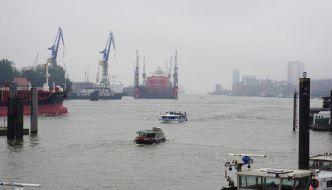 Preisgünstige Hafenrundfahrt durch den Hamburger Hafen