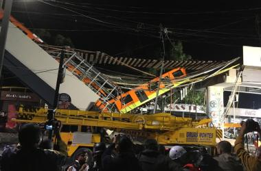 Línea 12 del metro colapsada