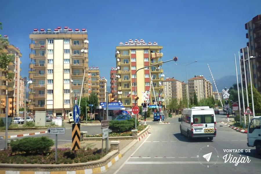 Com a chegada dos anos 2000, Konya, no centro-sul da Turquia, viu suas fazendas darem espaço a uma cidade moderna