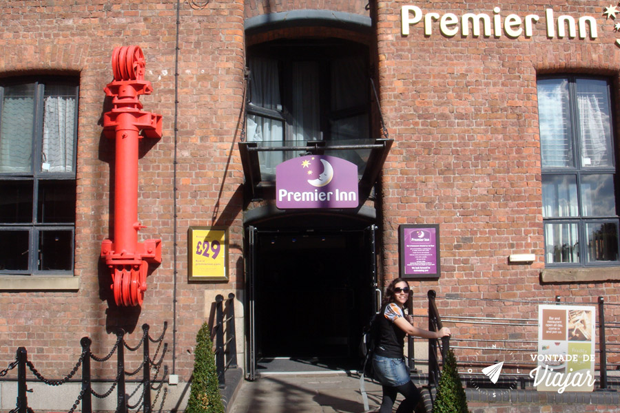 Liverpool Beatles - The Premier Inn Albert Dock