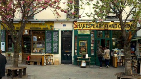 Livraria - Paris - Shakespeare & Co (photo by booksexyreview)