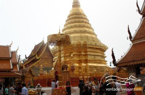 Tailandia - Doi Suthep - Pagoda dourada (foto do blog Vontade de Viajar)