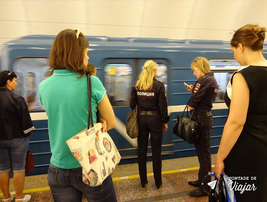 dicas-para-viajar-pela-russia-policia-russa