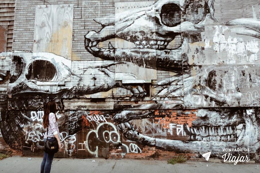 Grafite no Brooklyn - Carol no roteiro das obras do Bushwick Collective