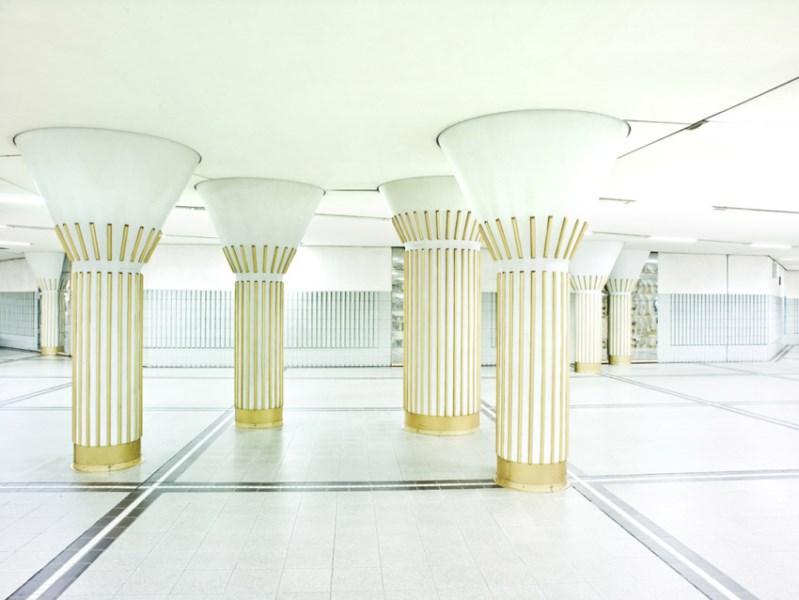 metro-na-alemanha-estacao-bockenheimer-warte-em-frankfurt-foto-de-micha-pawlitzki