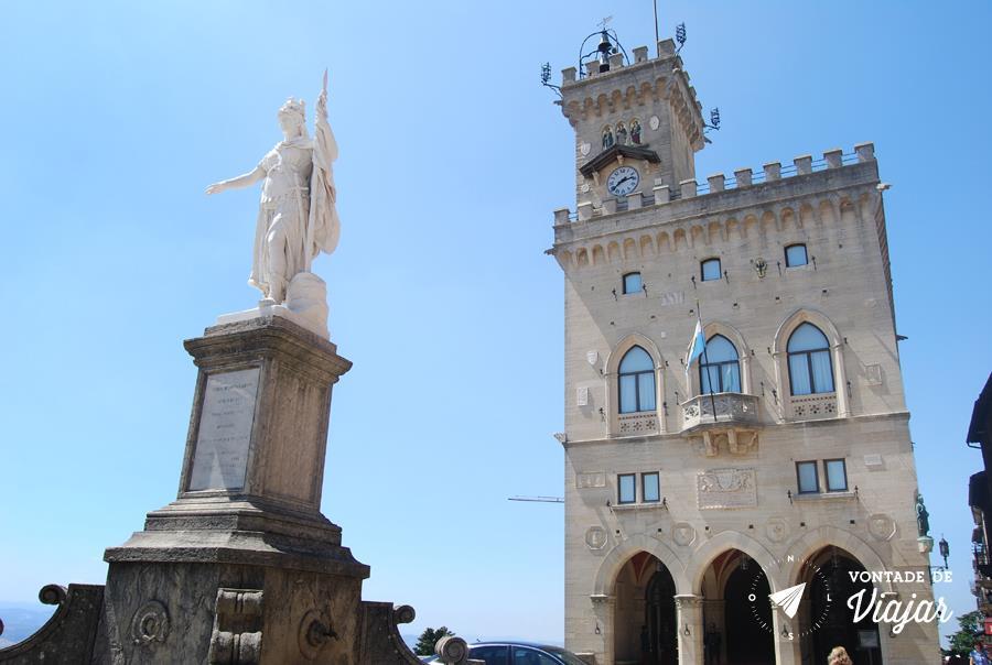 San Marino Italia - Palacio Pulico de San Marino