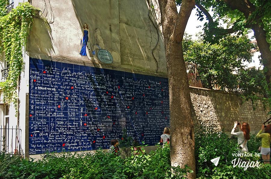 muro do eu te amo em paris - eu te amo escrito em 300 linguas