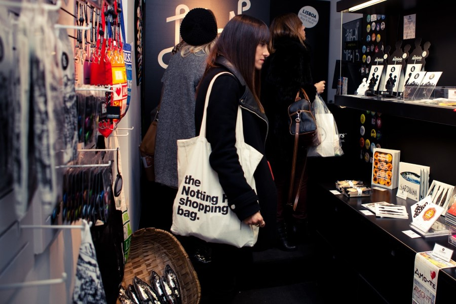 Lojas de design - Souvenir de Portugal - Lisbon Lovers - foto Fashionista Estudio