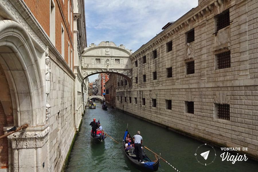 Italia - Ponte dos Suspiros Veneza