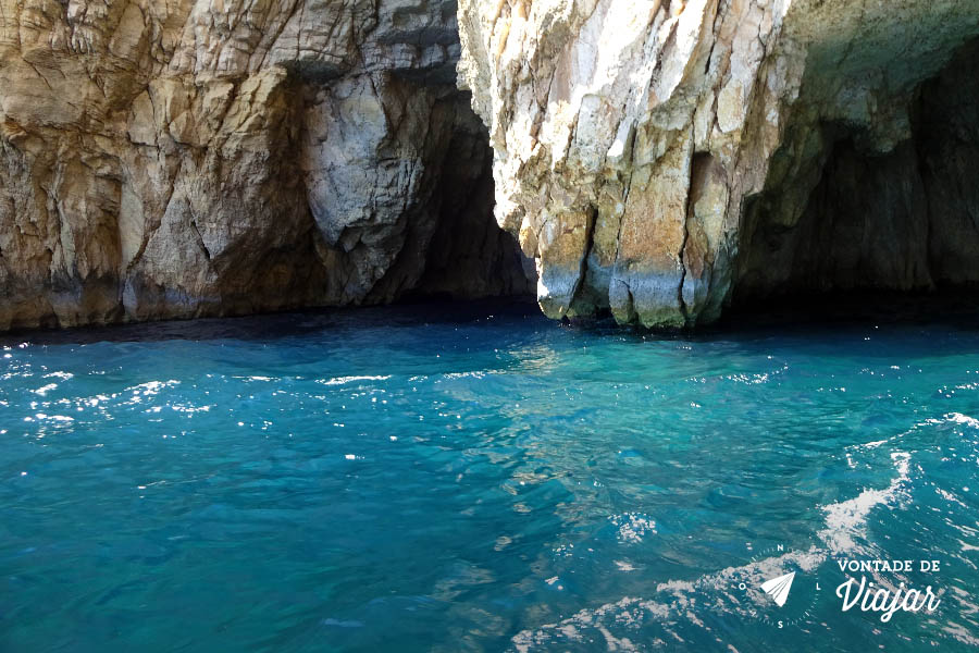 Blue Grotto - passeio de barco Gruta Azul em Malta